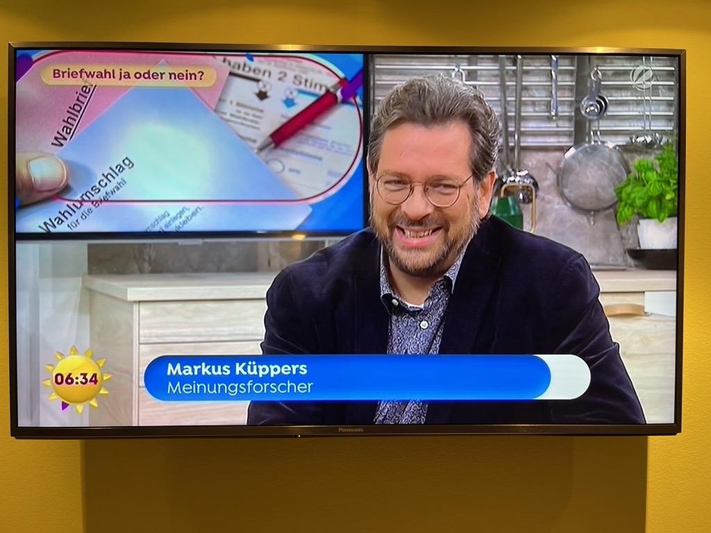 """""""Lieber Briefwahl als gar nicht wählen."""" Markus Küppers beim Sat.1 Frühstücksfernsehen."""